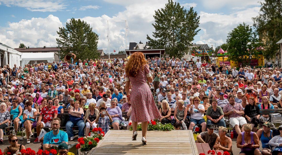 2015-Svenska-Dansbandsveckan-i-Malung-Underhållning-dagtid-i-Grönlandsparken