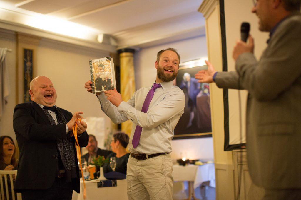 Försäljningschef Patrik Jonsson och vd Lars Bergholm vid firandet av Bergholms 25-års jubileum. Foto: John Persson