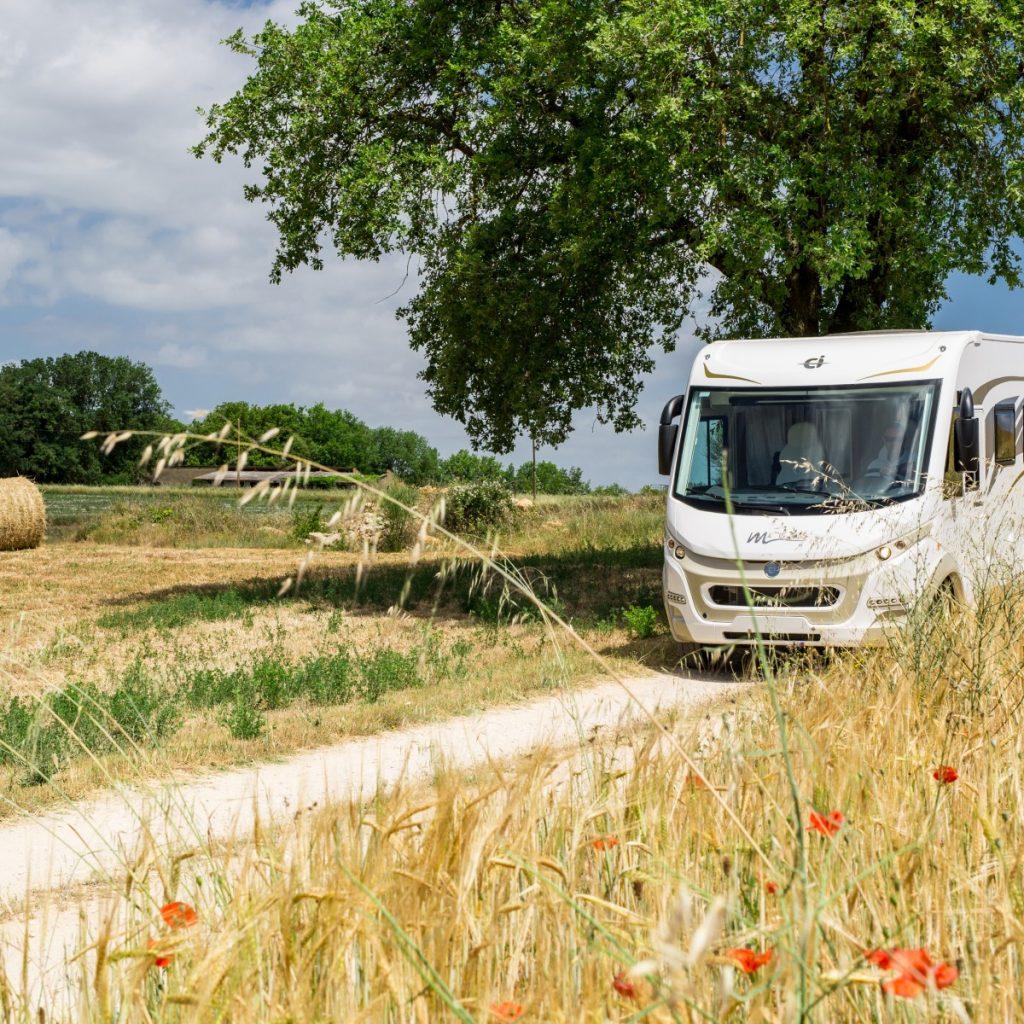 Även husbilar från italienska CI kommer att visas.